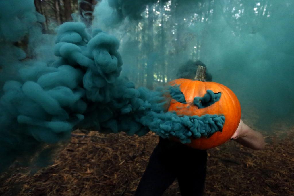 smoke bomb pumpkin photography