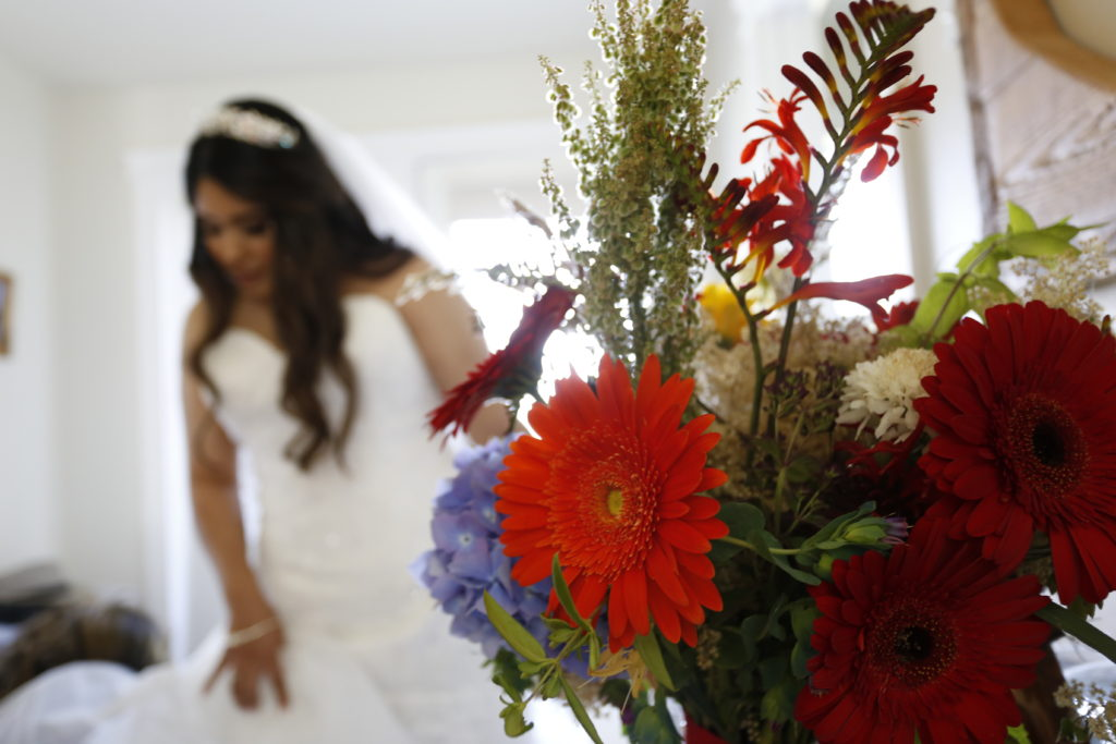 Anacortes wedding with flowers